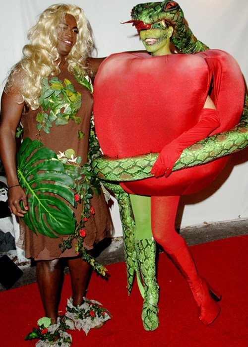 10-pictures-that-prove-heidi-klum-is-the-queen-of-halloween-9